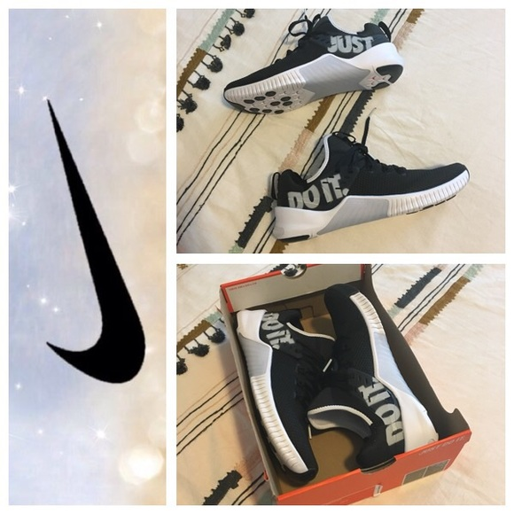 5671346a669c6 Men s Nike FREE Metcon Just Do It Sneakers 10